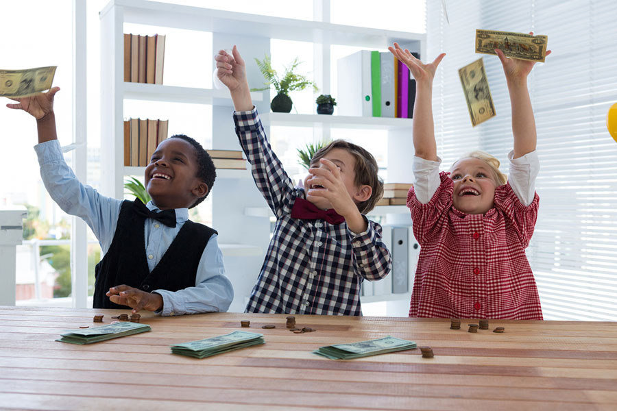 6 Tips for Teaching Your Children About Money